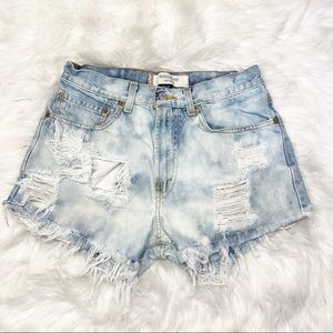 Levi's 505 Jean Shorts Destroyed Bleached